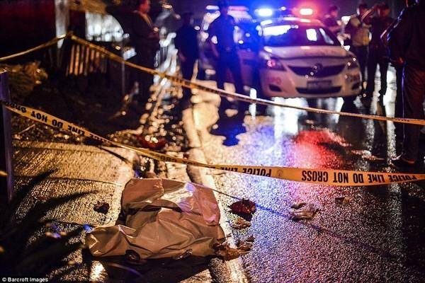 Tổng thống Philippines cũng từng thừa nhận cuộc chiến chống tội phạm có lúc vượt quá giới hạn nhưng ông khẳng định vẫn tiếp tục cuộc chiến và sẽ điều tra những vụ giết người bất hợp pháp, mượn danh chống tội phạm ma túy