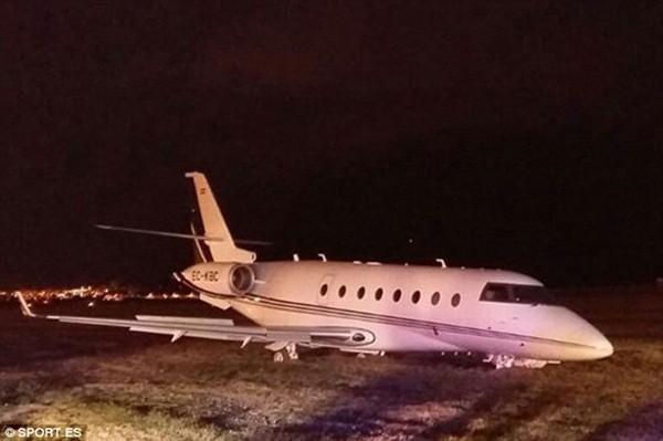 Chiếc máy bay gặp nạn khi hạ cánh tại Barcelona