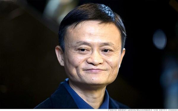 Jack Ma hứa sẽ hỗ trợ tài chính cho Xiaoqin ăn học đến khi tốt nghiệp đại học