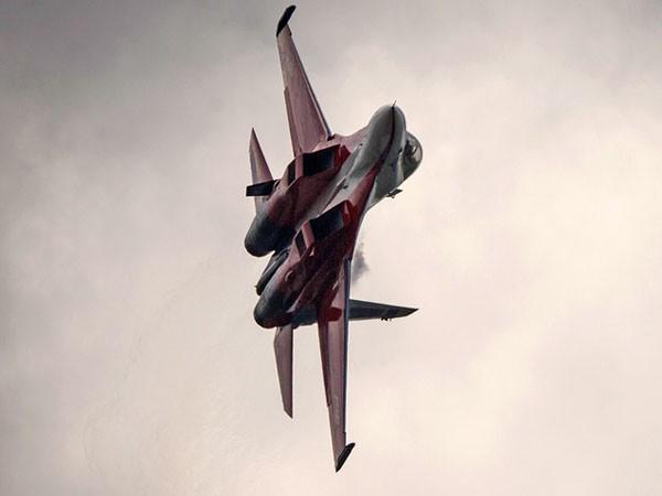 Sukhoi-30SM là cấu hình mới nhất của tiêm kích đa chức năng Sukhoi-30 (thế hệ 4Plus) của Nga
