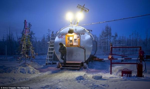 Ngôi làng lạnh nhất thế giới - nơi mất 3 ngày đế chôn cất người chết ảnh 11