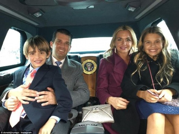 Những khoảnh khắc ấn tượng của đại gia đình Tổng thống Donald Trump trong ngày nhậm chức ảnh 4