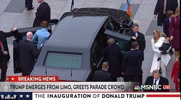 Những khoảnh khắc ấn tượng của đại gia đình Tổng thống Donald Trump trong ngày nhậm chức ảnh 7