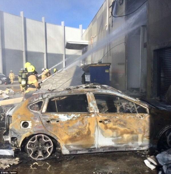 Vụ máy bay rơi trúng trung tâm thương mại: 5 người thiệt mạng ảnh 7