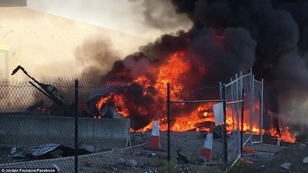 Vụ máy bay rơi trúng trung tâm thương mại: 5 người thiệt mạng ảnh 6