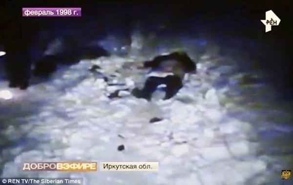 Hiện trường vụ án năm 1998, nạn nhân của Popkov nằm trong độ tuổi từ 17 đến 38, hay đi một mình trong đêm