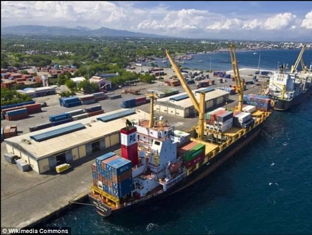 Cảng General Santos - nơi Omongos theo đoàn tàu ra khơi đánh cá
