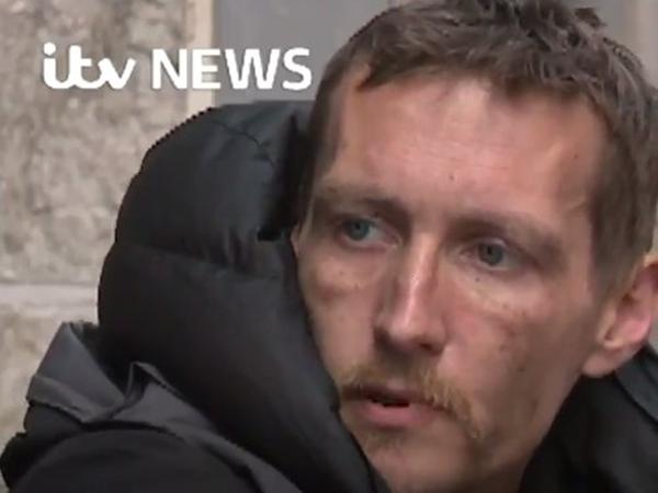 Stephen trong cuộc trò chuyện với kênh truyền hình ITV News, Anh