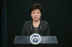 Tổng thống Hàn Quốc Park Geun-hye trước bê bối chính trị liên quan đến bạn thân