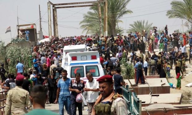 Nguy cơ khủng hoảng nhân đạo khi IS đóng cửa đập Ramadi