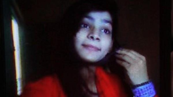 Nạn nhân Zeenat Rafique, 18 tuổi