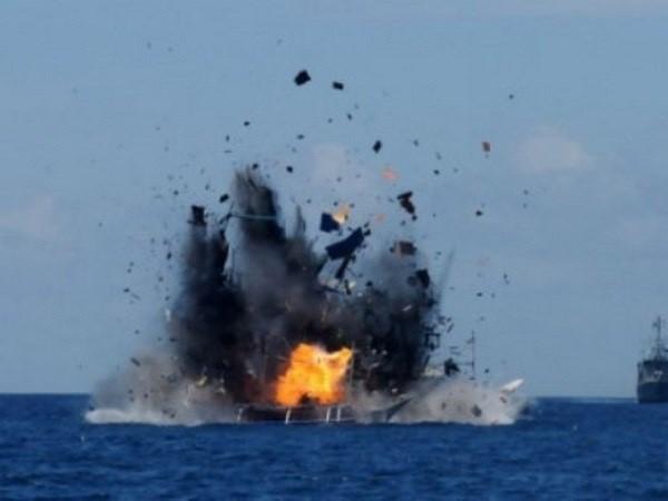 Indonesia đánh chìm một tàu cá nước ngoài
