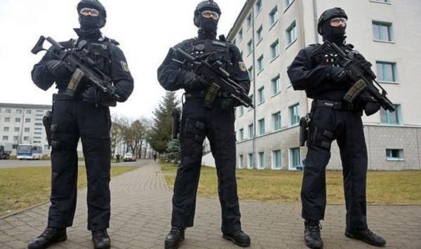 Đức thắt chặt an ninh sau nhiều vụ tấn công khủng bố