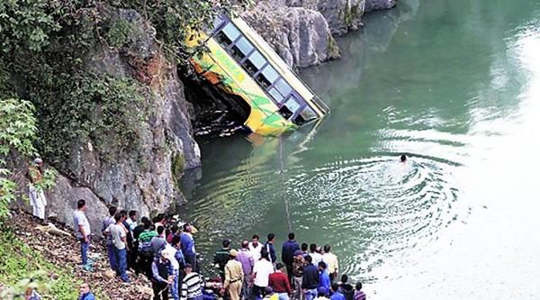 Hiện trường vụ tai nạn ở huyện Mandi