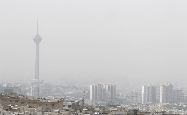 Khói mù bao trùm Thủ đô Tehran