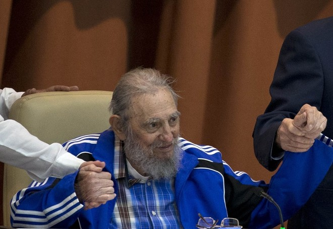 Những bức ảnh lịch sử về cựu chủ tịch Cuba Fidel Castro ảnh 10