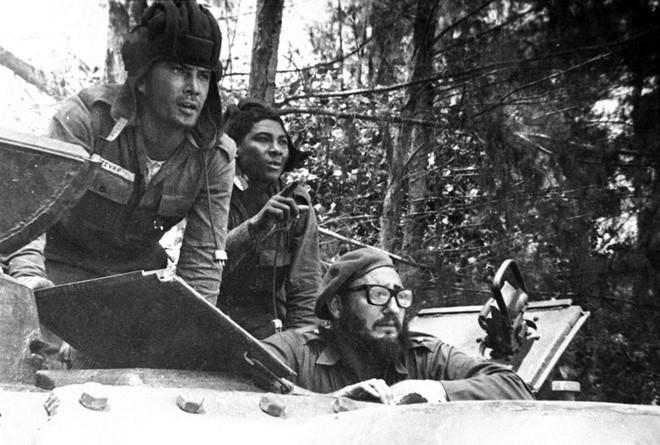 Những bức ảnh lịch sử về cựu chủ tịch Cuba Fidel Castro ảnh 4