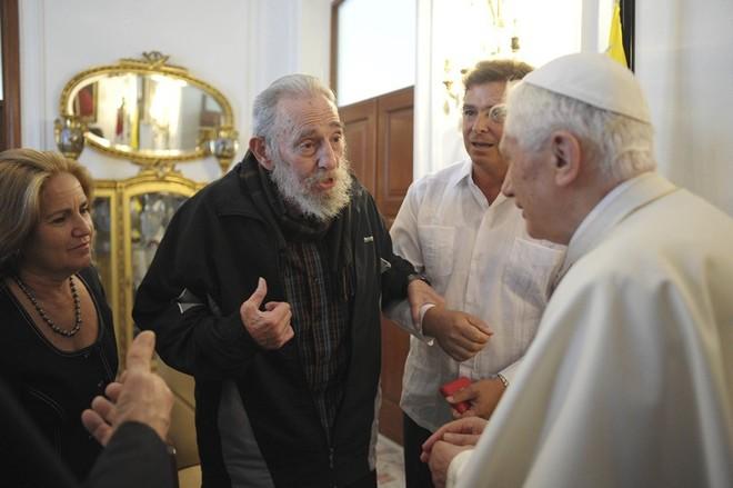 Những bức ảnh lịch sử về cựu chủ tịch Cuba Fidel Castro ảnh 8