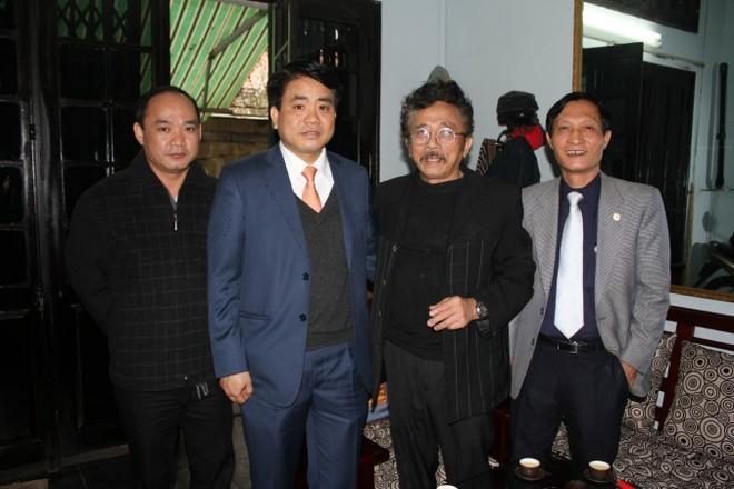 Nhà văn Chu Lai gửi lời cảm ơn trước tình cảm nồng ấm của Thiếu tướng Nguyễn Đức Chung