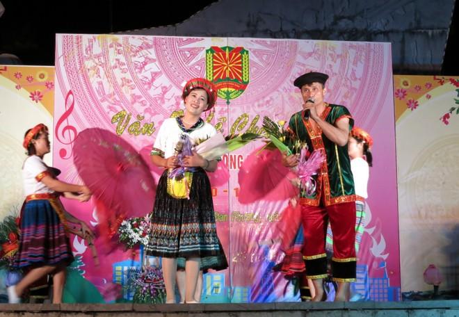 Hội diễn văn nghệ kỷ niệm ngày truyền thống Công an xã ảnh 5