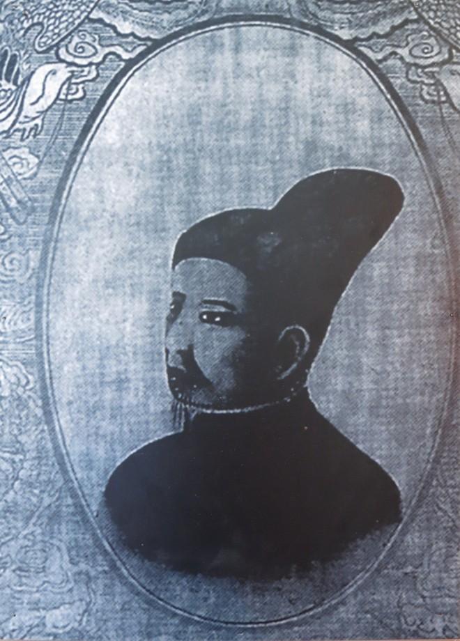 Xem bút tích của các hoàng đế triều Nguyễn qua Châu bản, Mộc bản ảnh 4