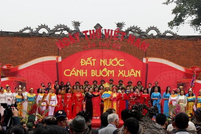 Những hình ảnh đẹp tại Ngày thơ Việt Nam ảnh 3