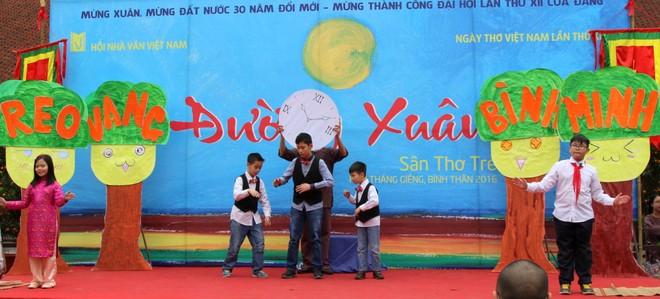 Những hình ảnh đẹp tại Ngày thơ Việt Nam ảnh 4