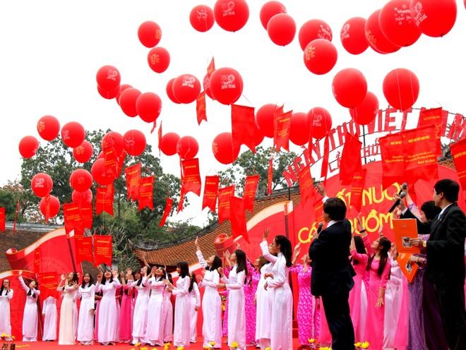 Những hình ảnh đẹp tại Ngày thơ Việt Nam ảnh 10
