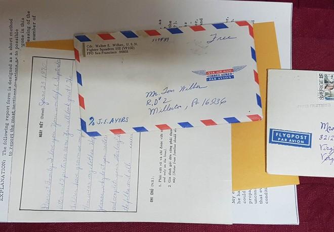 Những bức thư ông Walter gửi về cho gia đình khi bị giam trong nhà tù Hỏa Lò