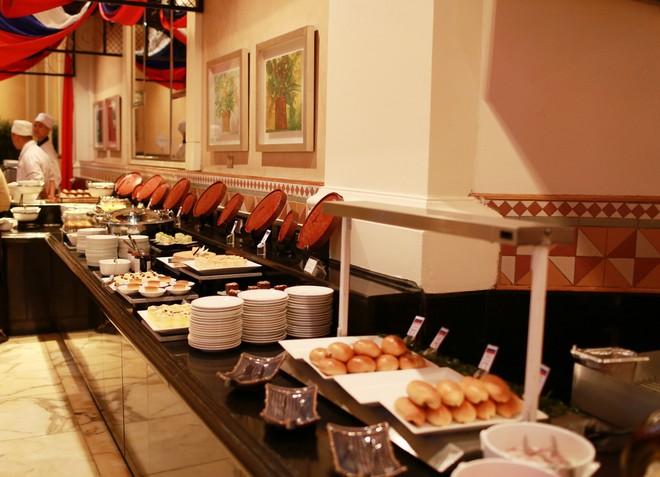 Xem đầu bếp trổ tài tại Tuần lễ ẩm thực Nga ảnh 5