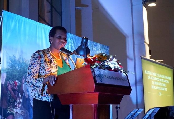 Bà Kgomotso Ruth Magau, Đại sứ cộng hòa Nam Phi phát biểu chào mừng Ngày Di sản Nam Phi