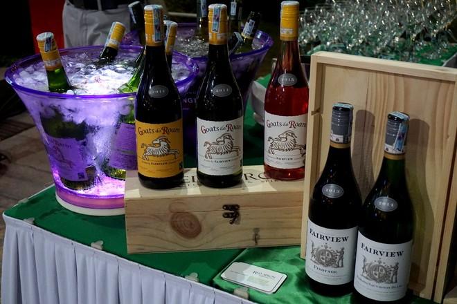 Rượu vang Nam Phi có lịch sử lâu đời, với xấp xỉ 350 năm