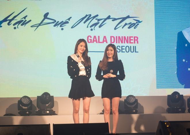 """Davichi - nhóm nhạc nữ thể hiện ca khúc """"đinh"""" của bộ phim """"This love"""" cũng xuất hiện tại chương trình"""