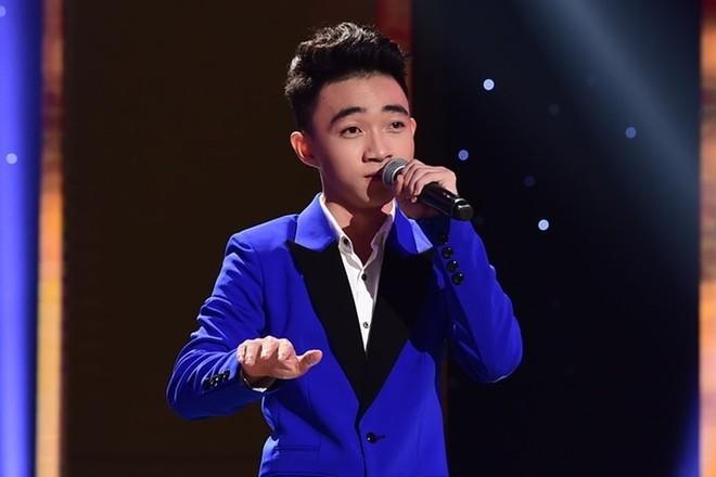 Chàng trai 18 tuổi Ngô Trung Quang gây được nhiều ấn tượng tại cuộc thi Thần tượng Bolero 2016