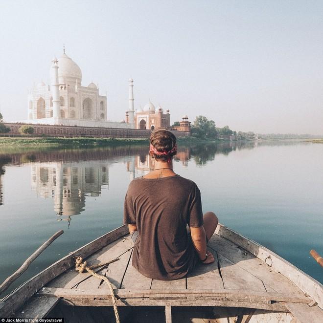 Tuy nhiên nhờ đó, anh mới có thể đặt chân đến nhiều nơi như Tal Mahaj, Ấn Độ...