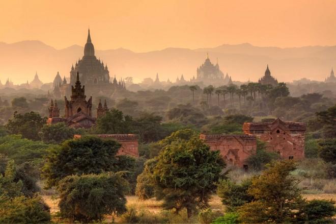 Hoàng hôn ở Miến Điện