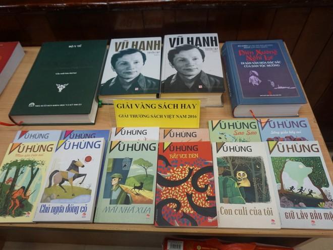 Các tác giả, tác phẩm nhận giải thưởng Sách Hay