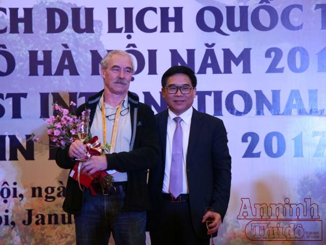 Ông Đỗ Đình Hồng, Giám đốc Sở Du lịch Hà Nội hy vọng sự kiện này sẽ mở màn cho một năm may mắn của Du lịch Hà Nội