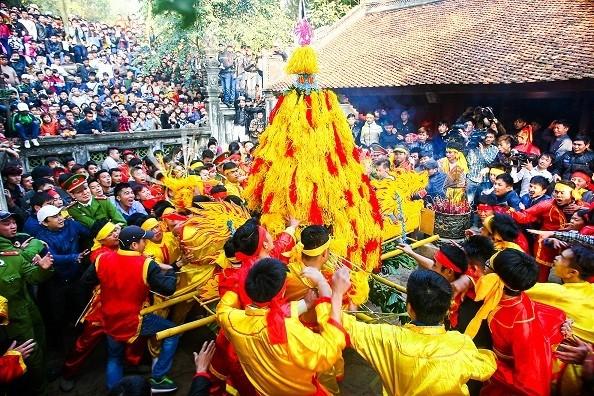 Không để tình trạng cướp lộc phản cảm diễn ra tại lễ hội đền Sóc