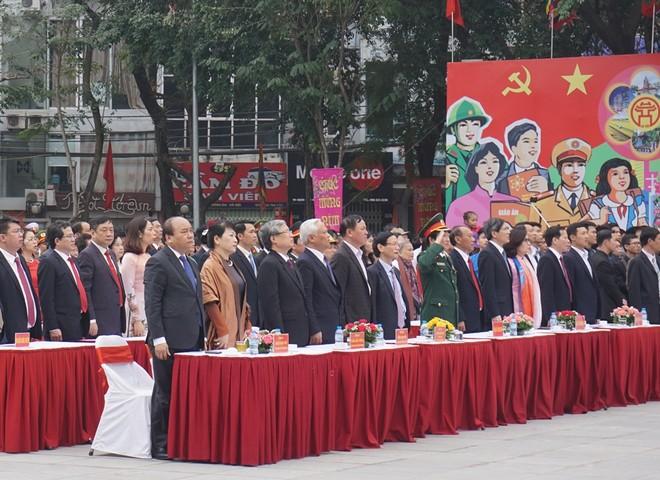 Thủ tướng Nguyễn Xuân Phúc cùng đại biểu Trung ương, Thành phố đến dự lễ hội trong ngày đầu xuân mới
