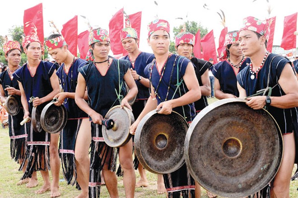 Cồng chiêng Tây Nguyên là một trong những di sản văn hóa phi vật thể của Việt Nam