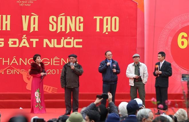 50 câu thơ được thả lên trời trong Ngày thơ Việt Nam ảnh 7