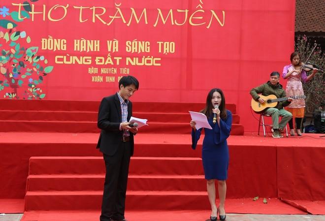 50 câu thơ được thả lên trời trong Ngày thơ Việt Nam ảnh 9