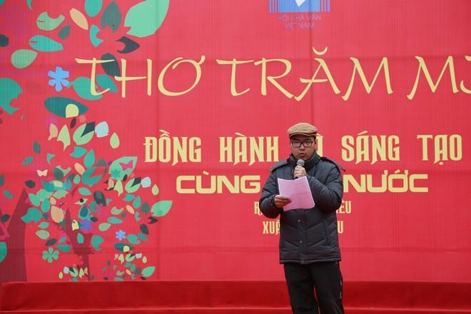 50 câu thơ được thả lên trời trong Ngày thơ Việt Nam ảnh 10