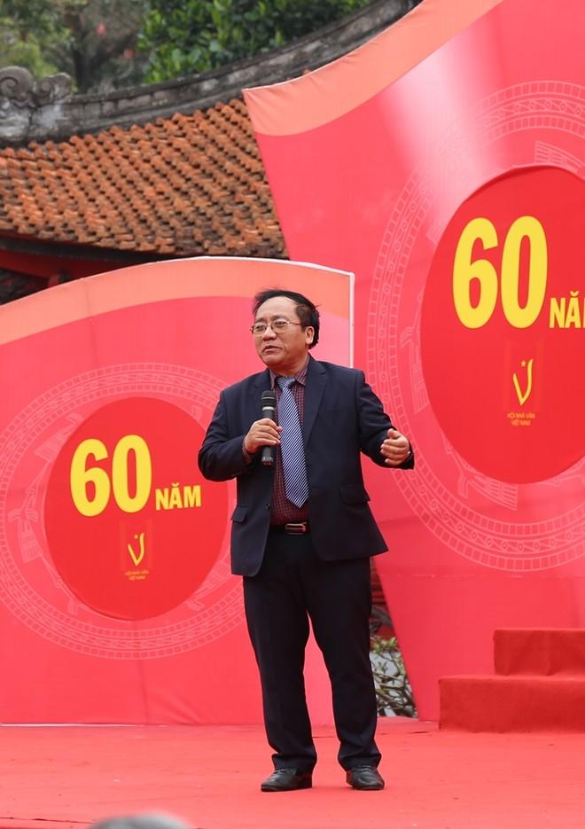 50 câu thơ được thả lên trời trong Ngày thơ Việt Nam ảnh 8