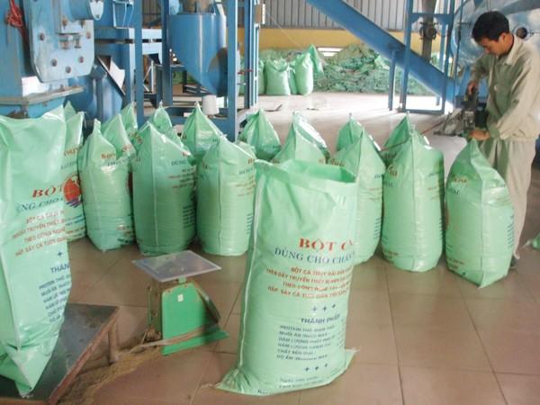 Nhập khẩu thức ăn chăn nuôi: Doanh nghiệp dọa kiện vì bị gây khó dễ ảnh 1