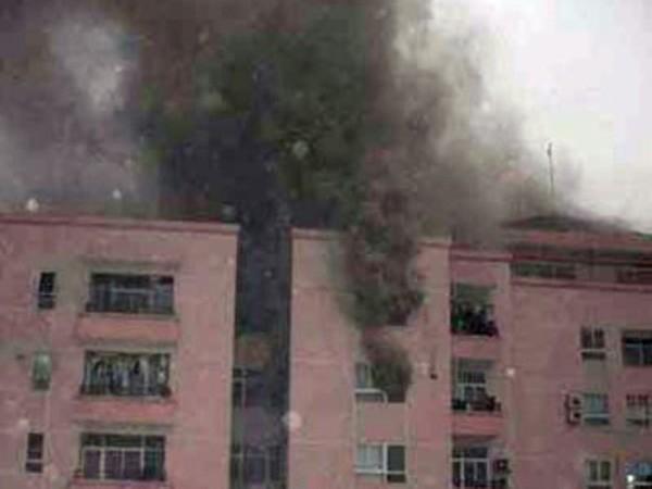 Mua bảo hiểm cháy nổ nhà chung cư: Dân thờ ơ, chủ đầu tư... mặc kệ ảnh 1