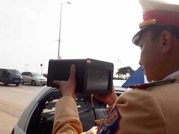 Mua thiết bị đối phó với bắn tốc độ: Lái xe dễ chủ quan, gây nguy hiểm cho người khác ảnh 1