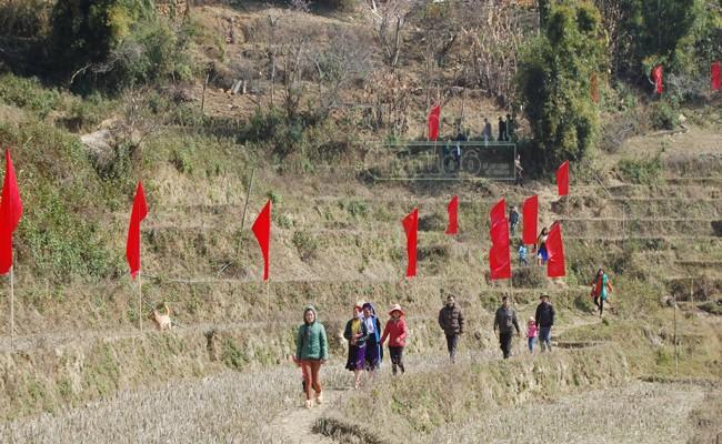 """Ấn tượng những cú ra đòn của """"đấu sỹ"""" dê trên cao nguyên đá Đồng Văn ảnh 25"""