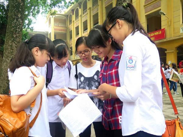 Trường công lập luôn là lựa chọn hàng đầu của phụ huynh, học sinh Hà Nội